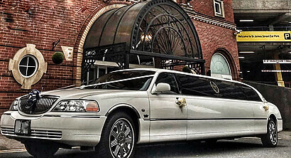 Rent a limousine - Lincoln Town Car Bucharest